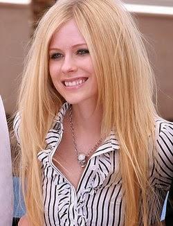 model rambut wanita panjang dan lurus 2