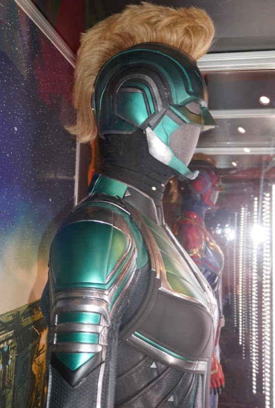 Vers Starforce helmet Captain Marvel