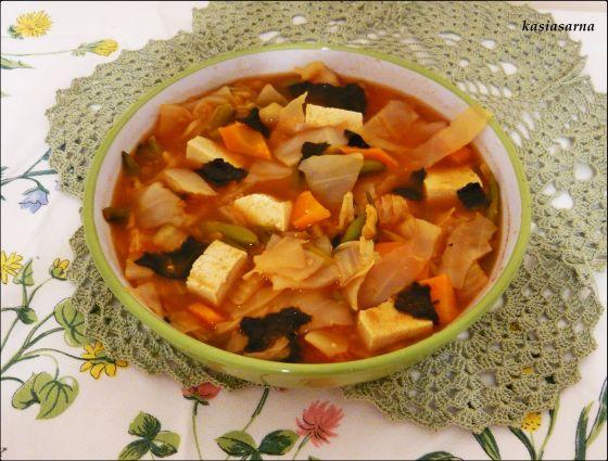 tofu-zupa-koreańska-algi-kimchi-zdrowa