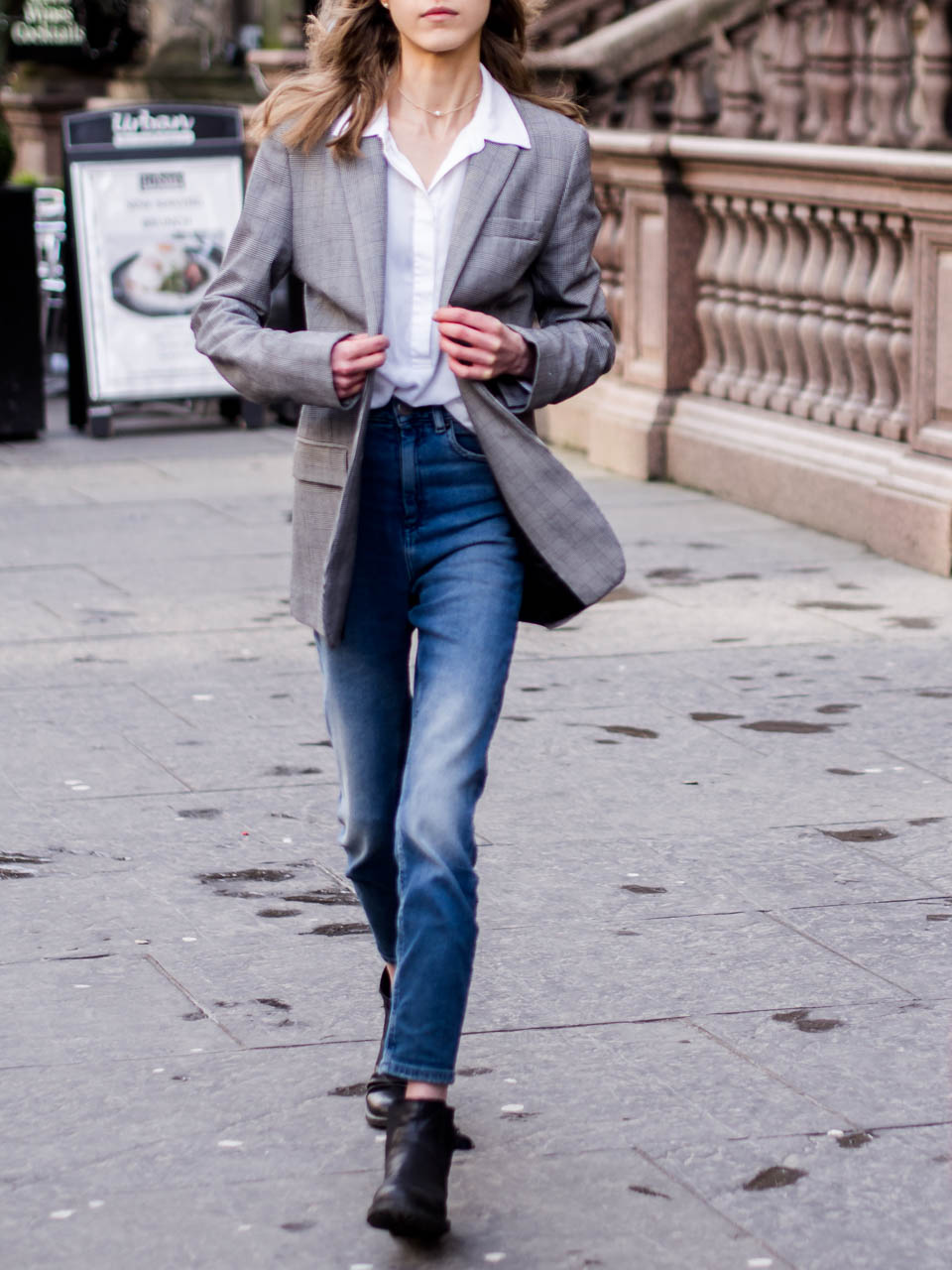 how-to-wear-check-blazer-business-casual