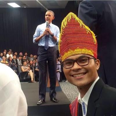 Kisah Robinson Sinurat, Anak Petani yang Berhasil Lulus S2 di Columbia Univesity dan Bertemu Barack Obama
