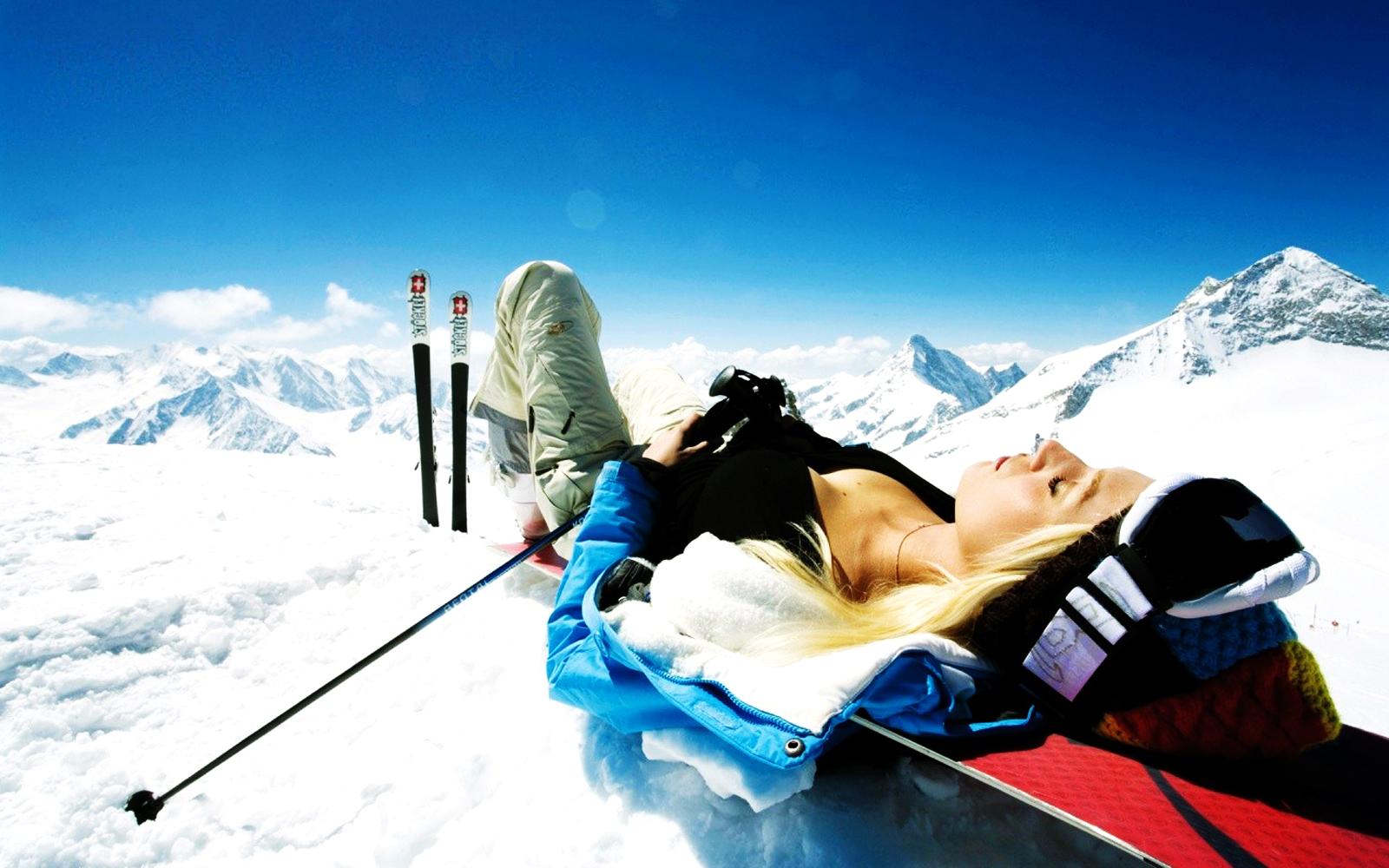 Central wallpaper january 2012 - Ski wallpaper ...