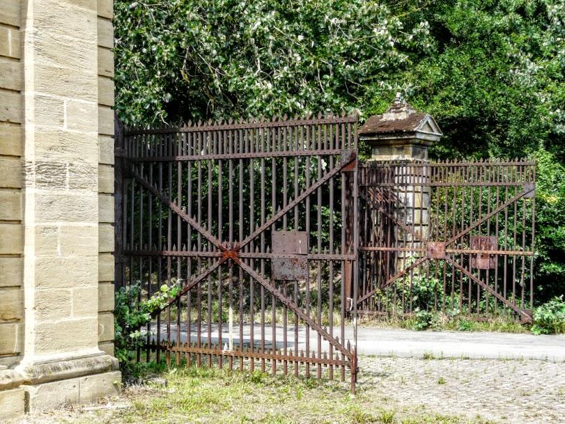 porte de sarrelouis 224 thionville moselle la lorraine se d 233 voile