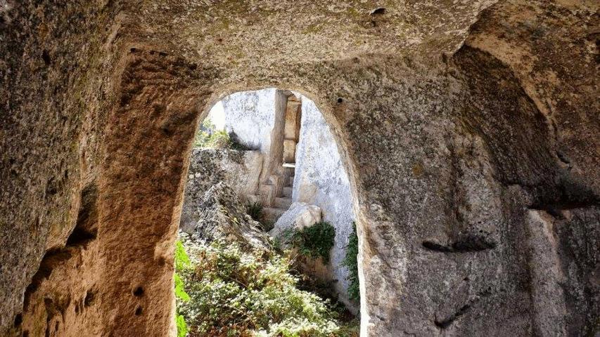 Grotte di Gravina