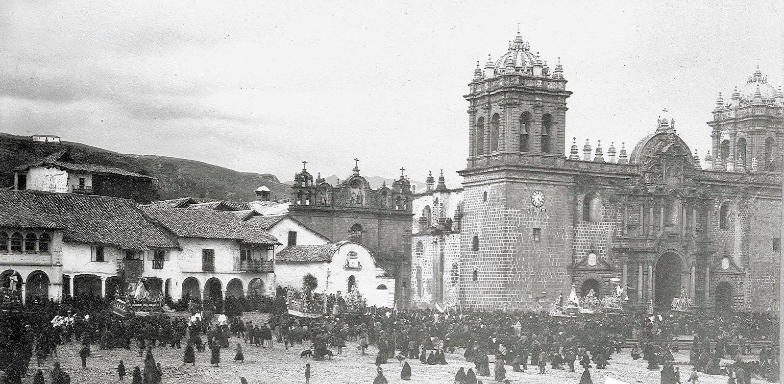 Foto antigua de la Fiesta del Corpus Christi en Cusco