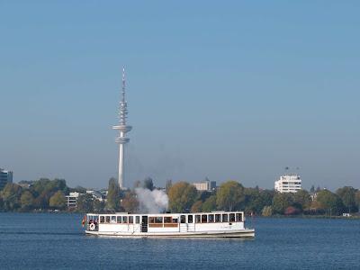 Aussenalster Hamburg, Alster, Dampfer, Schiff, Fernsehturm