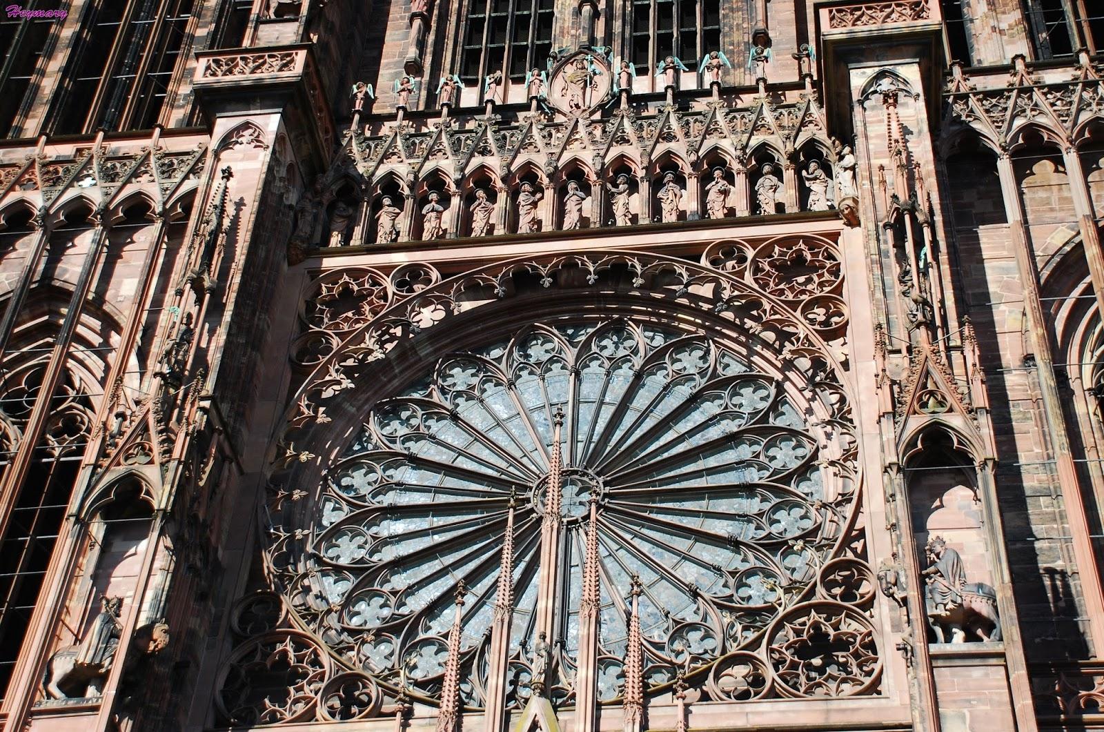 Amorino純天然的花朵冰淇淋聖母院指的就是聖母瑪利亞是天主教堂