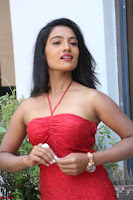 Mamatha sizzles in red Gown at Katrina Karina Madhyalo Kamal Haasan movie Launch event 196.JPG