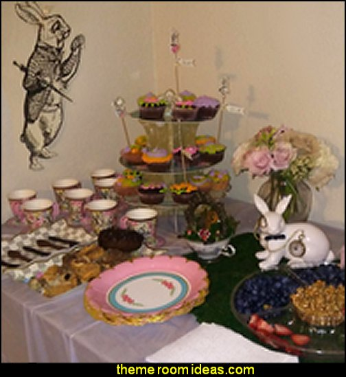 Alice Mad Hatter Food Picks for a Tea Party, Birthday party