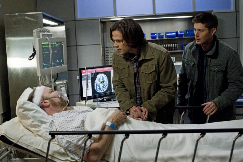 "Recap/review of Supernatural 7x10 ""Death's Door"" by freshfromthe.com"