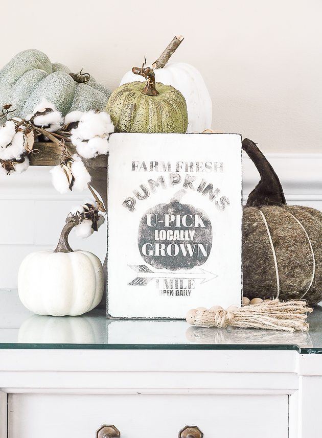 Wood pumpkin patch art, free printable, image transfer