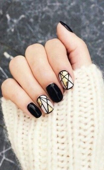 Minimalist Nail Art Idea that refused to Die