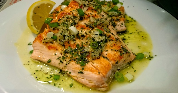 Pan Seared Salmon With Lemon And Garlic Butter Recipe