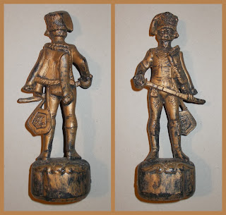 Blow Mould Figures; Blow Moulded Toy; Fontanini Hussar; Fontanini Piracy; Fontanini Statuette; French Hussar; Hong Kong Copies; Hong Kong Plastic Toy; Hong Kong Toy Soldier; Hussar; Made in Hong Kong; Museum Keepsake; Napoleonic Hussar; Napoleonic Toy Hussar; Napoleonic Toy Soldiers; Plastic Toy Soldier; Small Scale World; smallscaleworld.blogspot.com; Tourist Keepsake; Vintage Plastic Figures; Vintage Toy Soldiers; Vintage Toys;