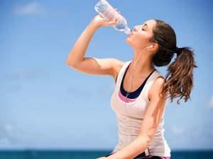 Manfaat Air Putih bagi Tubuh dan Kesehatan