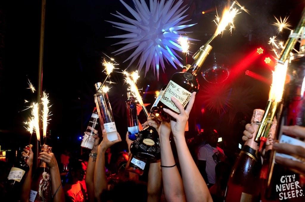 Champagne Bottle Sparklers Wholesale ByNightclubShop