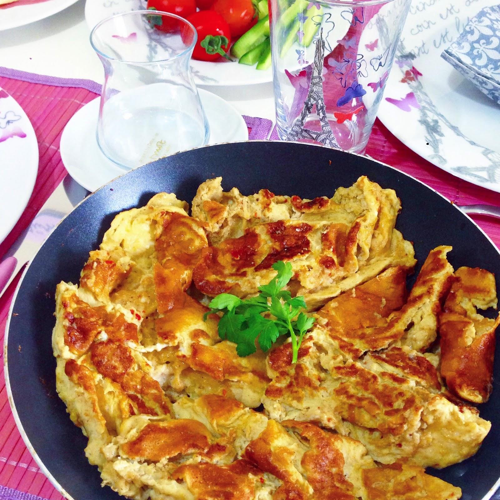 Avokadolu Beyaz Peynirli Omlet