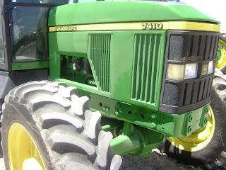 El juego de las imagenes-http://4.bp.blogspot.com/-gqUtsvWMAtk/UZbbyxk4a0I/AAAAAAAAcBQ/NYyNux3SUf4/s320/DSC08515+Tractor+John+deere+7410+$32000+abbi32100.JPG