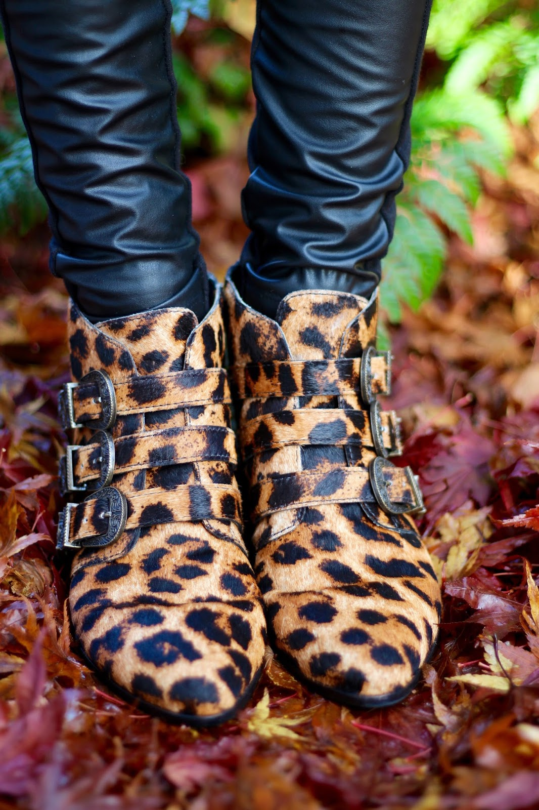 Leather Trousers and Leopard Print, over 40 | What a Cliché | Fake Fabulous