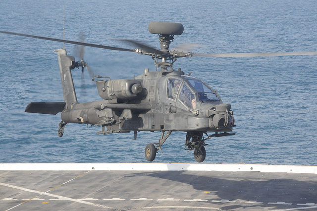 AH-64 Apache Longbow helicopter pic