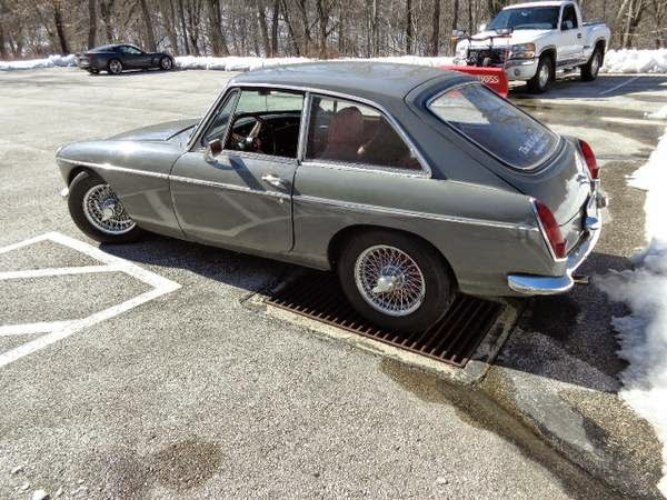 Daily Turismo: 10k: Supercharged: 1967 MG MGB GT