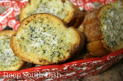 A garlic bread butter blend with Parmesan cheese.