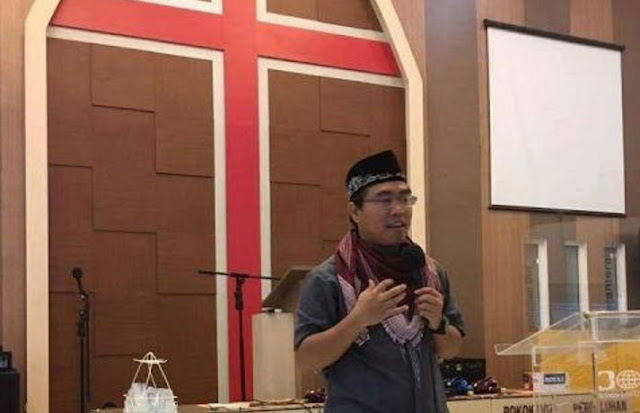 Terungkap! Murtadin Penista Islam Fadil Mulya Ternyata Gagal Move On (Bagian 1)