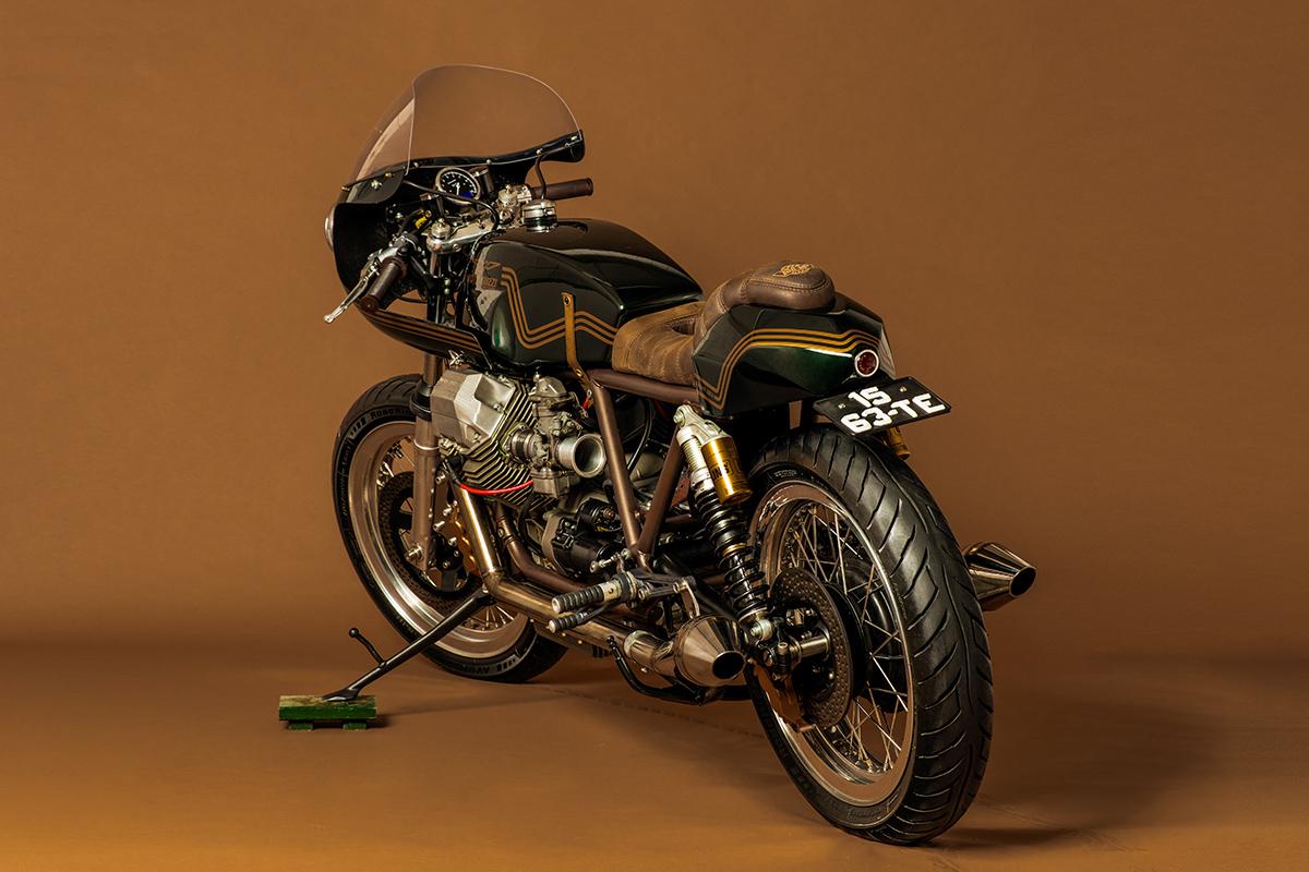 endurance racer tonup moto guzzi le mans return of the cafe racers. Black Bedroom Furniture Sets. Home Design Ideas