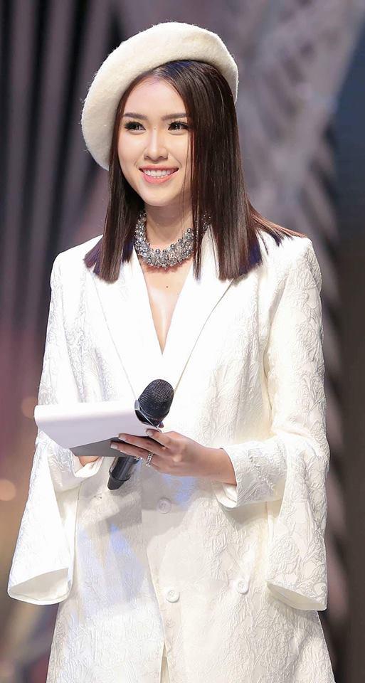 """Gục ngã trước sắc vóc của nữ MC 22 tuổi được mệnh danh """"nóng bỏng nhất nhà đài VTV"""""""