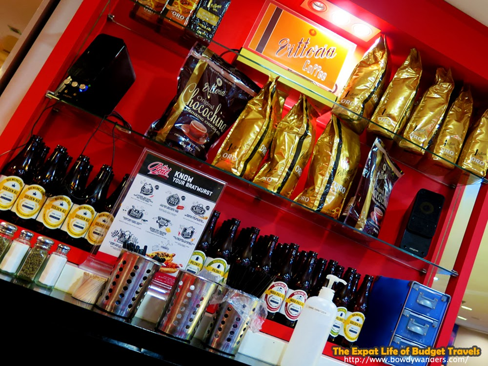 bowdywanders.com Singapore Travel Blog Philippines Photo :: Singapore :: The Brat – Bratwurst, Beer, and Great Tasting Charbroiled Gourmet Sausages