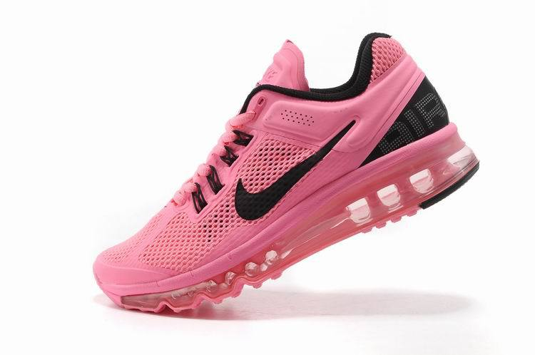 Nikes shoes: Pink Nikes
