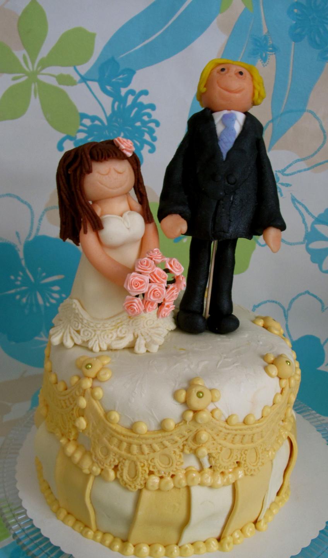 Torte4u Hochzeitstorte Gelb Mit Paar