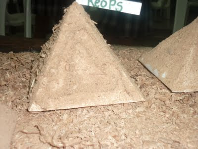 maqueta piramide