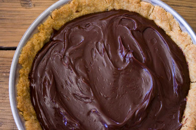 Dark Chocolate and Salted Caramel Pie
