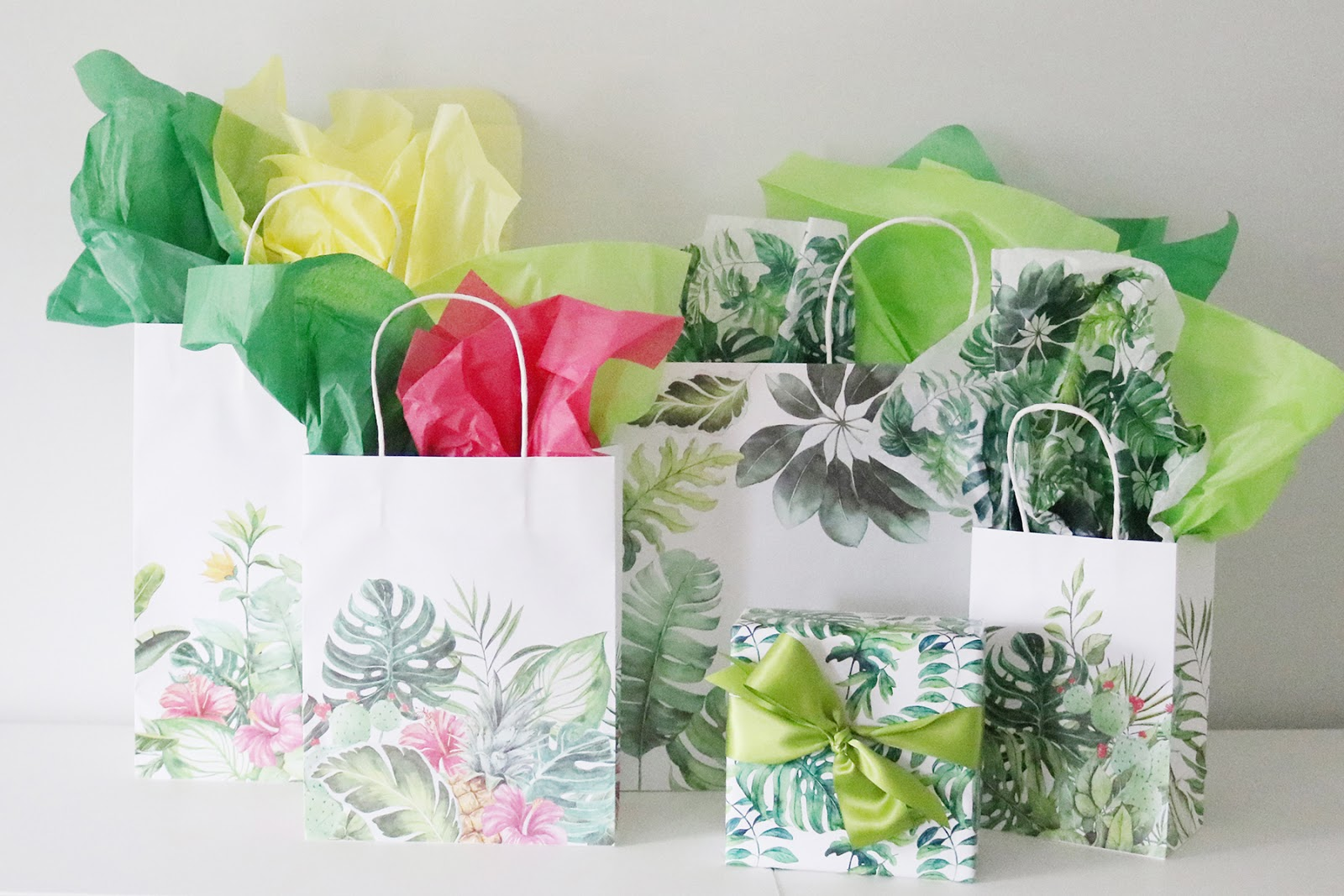 aloha gift wrapping collection from Creative Bag