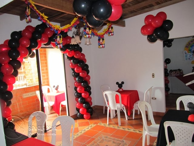 DECORACION FIESTAS INFANTILES MICKEY MOUSE 9 RECREACIONISTAS MEDELLIN