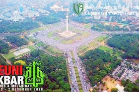 Moment saat Lagu Indonesia Raya dinyanyikan Jutaan orang di Reuni Akbar 212 Monas 2018