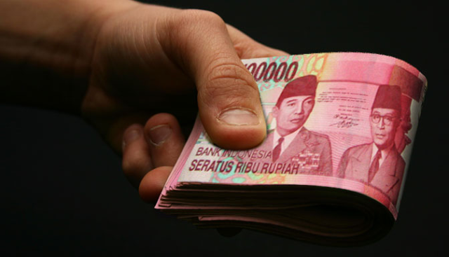 INGAT YA...!!! Saat Kamu Diberi Pinjaman Uang, Bukan Berarti Temanmu Banyak Uang. Jadi Jangan Lupa Menggantinya