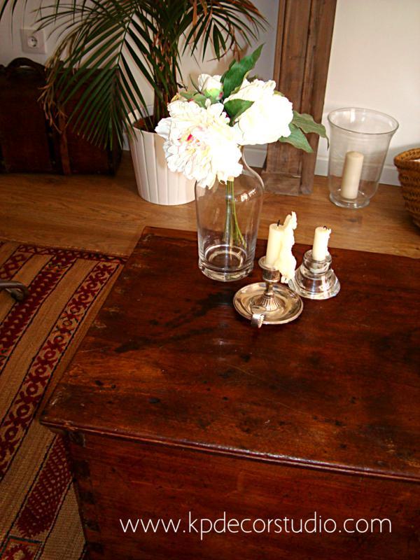 KP Tienda Vintage Online Bal de madera antiguo para mesa de centro  Old wooden trunk