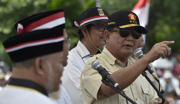 Prabowo Kesal Pendukungnya Tak Tertib: Sudah Ditegur, Ketawa Pula