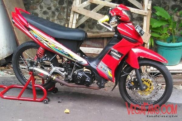 Modifikasi Vega ZR Merah Marun Ala Road Race