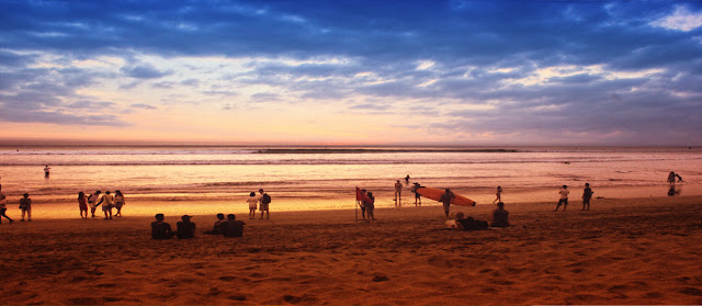 Bola-Bali 5: Jatuh Cinta, Bercumbu dan Bercinta Dengan Sunset Legendaris!