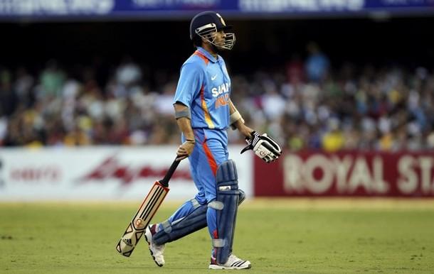 OMGSACHIN: Photos : Sachin Tendulkar During The 7th ODI Vs