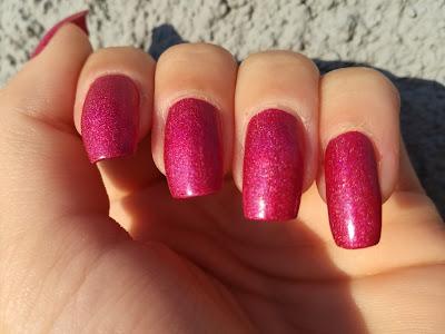 essence-exit-to-explore-pink-parrot-nail-polish