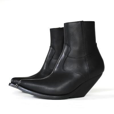 vetements cowboy boots demna gvasalia slanted heel shoes