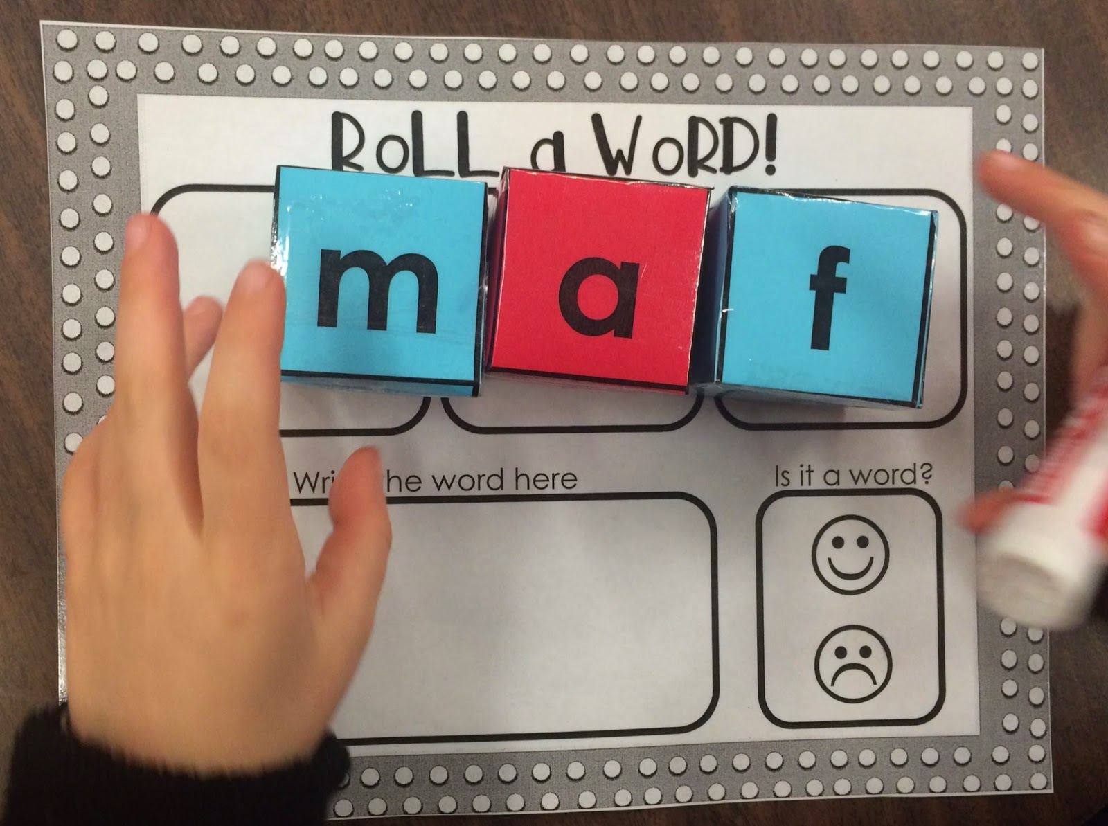 https://www.teacherspayteachers.com/Product/CVC-Roll-a-Word-1708970