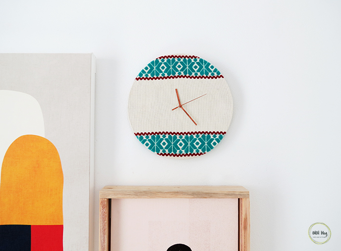 How to make an embroidery clock