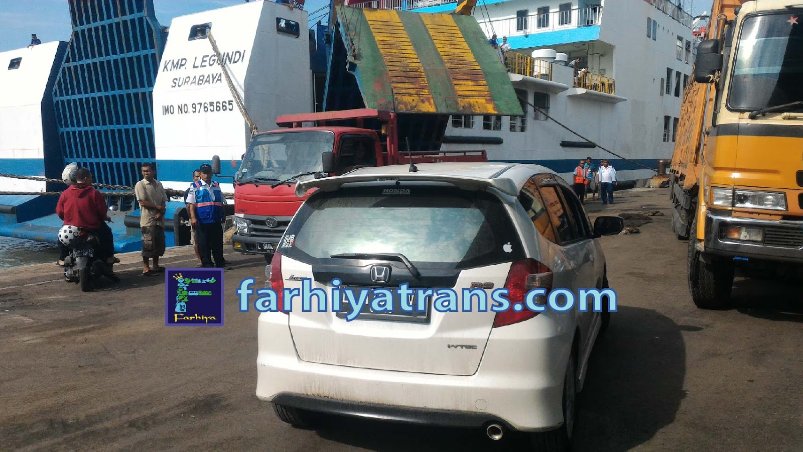 ekspedisi pengiriman mobil surabaya jakarta kapal ferry cargo container pelni cepat murah terpercaya online