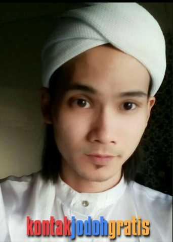 Mohd Suffi Jamal Cari Wanita Sholeha Siap Menikah Selangor Malaysia