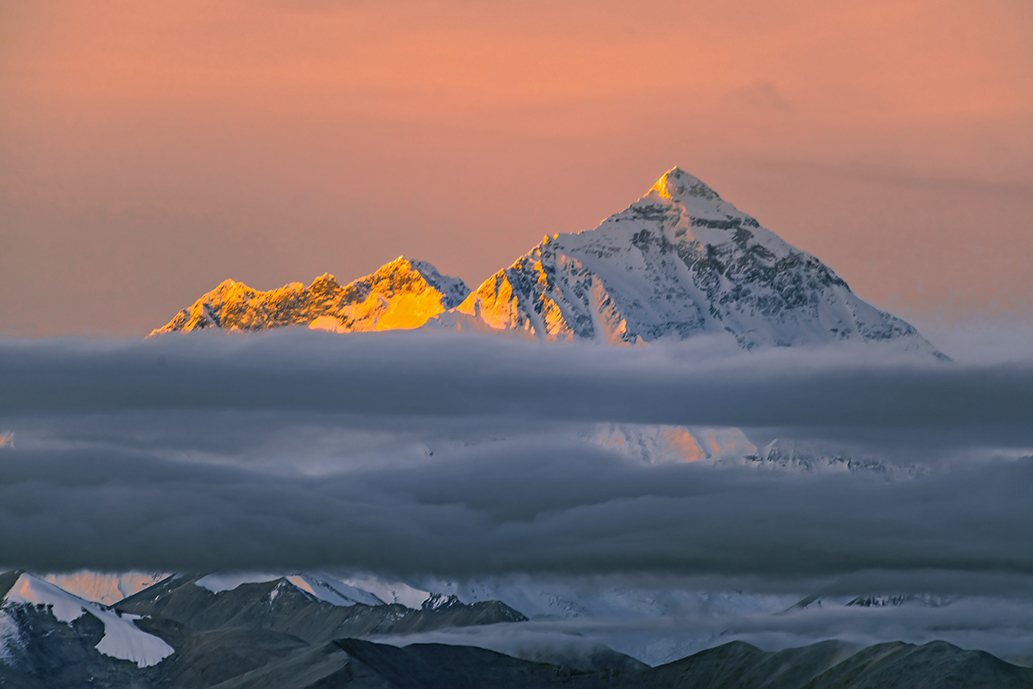 In this journey, you will see the beautiful mount Everest.